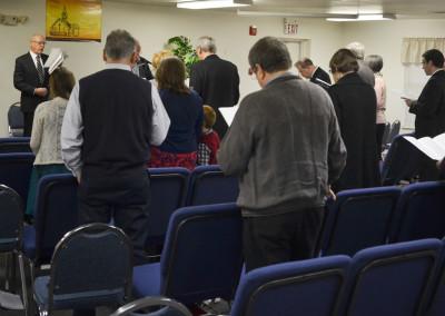 Sunday morning congregational singing